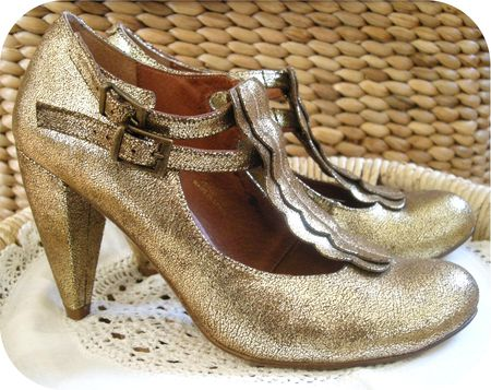 Gold Shoes 3