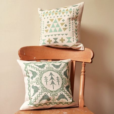 Bird Lace Cushion 2 - lifestyle
