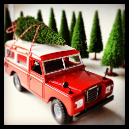 Christmas Land Rover