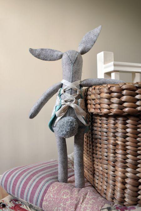 Prim's Pearl Rabbit - Back small
